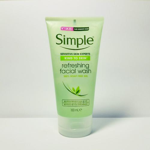 Sữa Rửa Mặt Dạng Gel – Simple Kind To Skin Refreshing Facial Wash Gel (150ml) Giá Sốc Không Thể Bỏ Qua