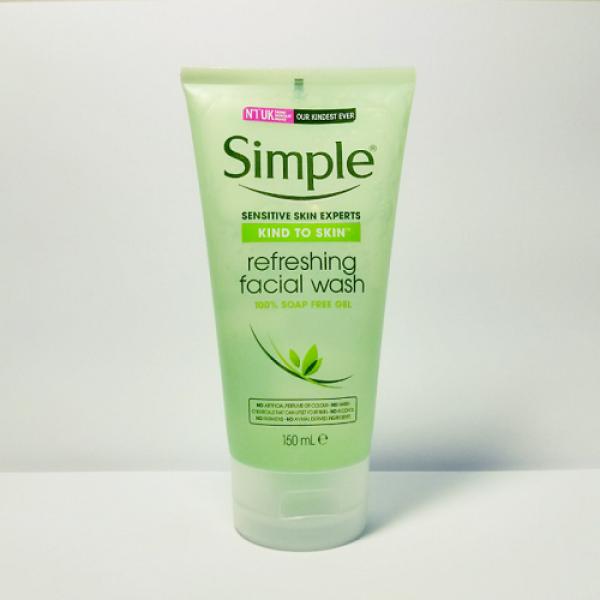Sữa Rửa Mặt Dạng Gel – Simple Kind To Skin Refreshing Facial Wash Gel (150ml)
