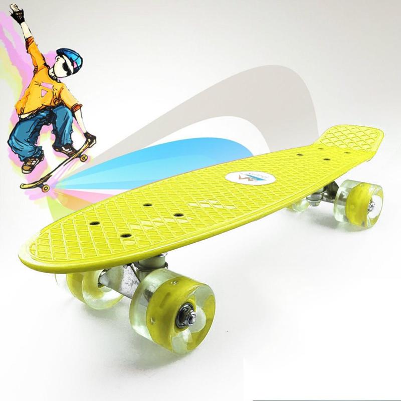Ván Trượt Nhựa Penny Bánh Cao Su Có Đèn Led Trục Kim Loại Đại Nam Sport (Kích Thước 56 x 10 x 13 cm)