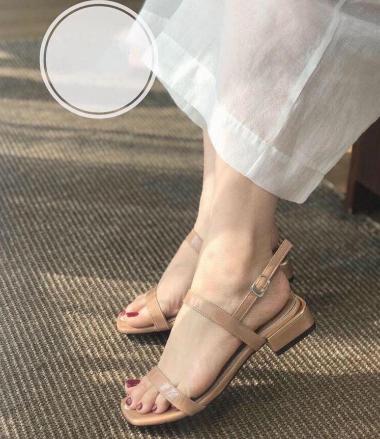Sandal Cao Gót Dây Mảnh 2p Hàng Siêu đẹp Đang Có Giảm Giá