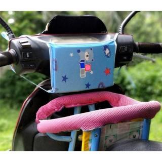 Miếng đệm ghế trước xe máy cho bé chống va chạm đầu và ngực giúp bé ngồi an toàn hơn thumbnail
