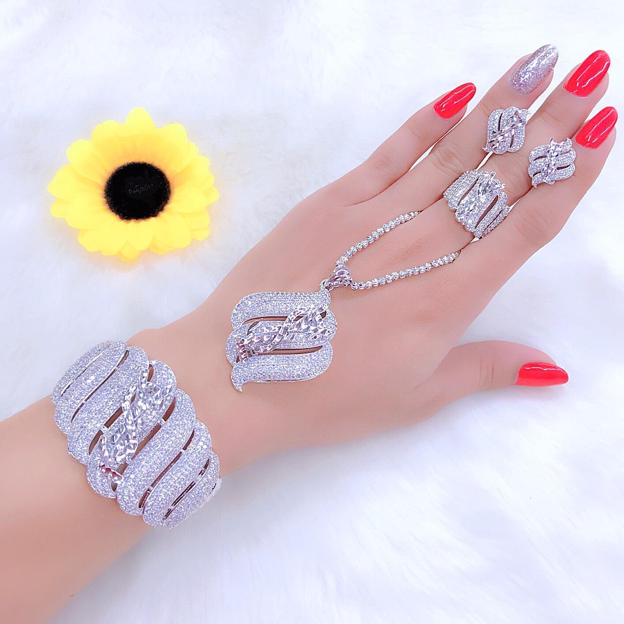 [ Bộ Trang Sức Nữ Dùng Đi Tiệc HOT 2019 - Bền Màu, Cam Kết Không Đen ] Thiết Kế Sang Trọng Phù Hợp Với Mọi Lứa Tuổi, Đặc Biết Giống Vàng 99% - Givishop - VB4260504, đồ trang sức bằng vàng đẹp, trang sức bạc đẹp giá rẻ, trang suc gia re