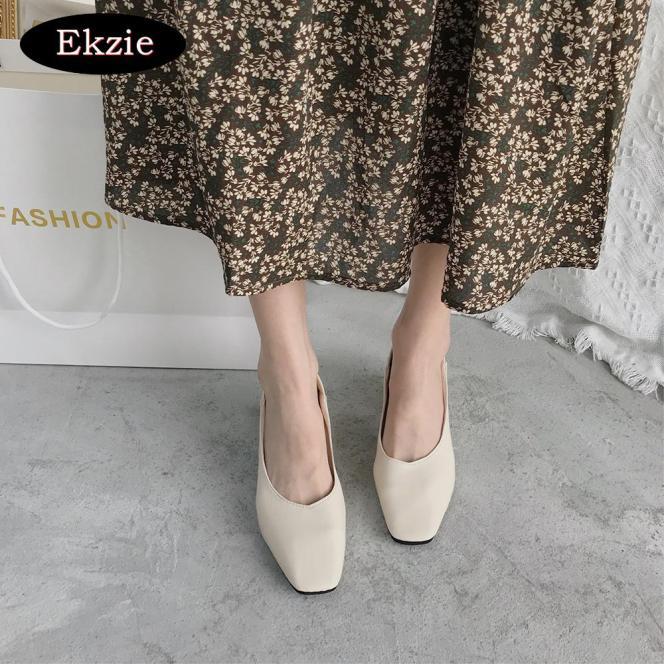 2020 Phiên Bản Tiếng Hàn Mới giày đế dày đế bệt đế thấp đơn nữ thời trang tất cả các kết hợp retro mũi vuông mũi nông tông màu đen giày thường thích hợp hẹn hò dự tiệc công sở giá rẻ