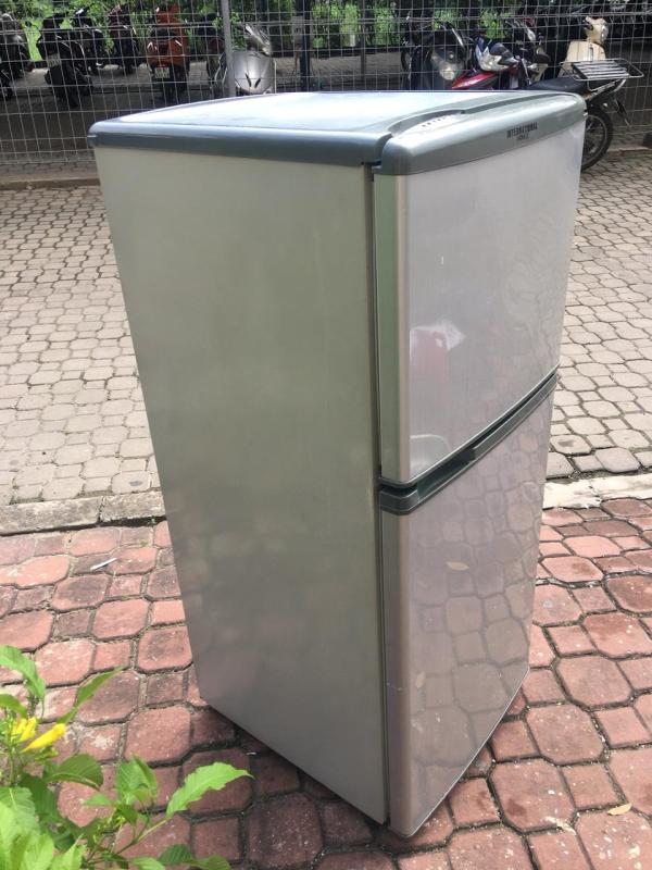 Tủ lạnh nhỏ 120 lít tiết kiệm điện  - (chỉ bán tại HCM thôi ạ!!!) chính hãng