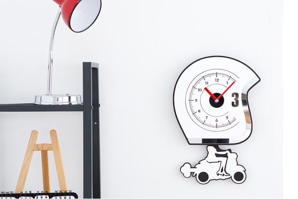 Nơi bán Đồng hồ treo tường, đồng hồ trang trí nhà cửa decor phòng  hình cô gái đi xe - Bike Girl wall clock