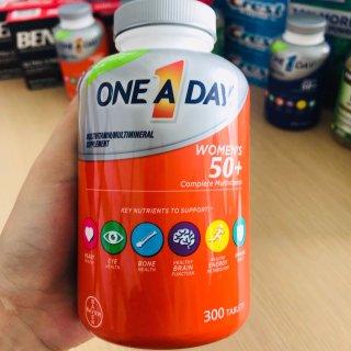One A Day Women s Complete Multivitamin bổ sung Multivitamin và khoáng chất dành cho nữ, Chai 300v thumbnail