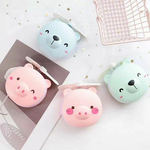 Quạt Mini Cầm Tay-Quạt Mini Hình Con Lợn Có Gương Đèn (kèm sạc)