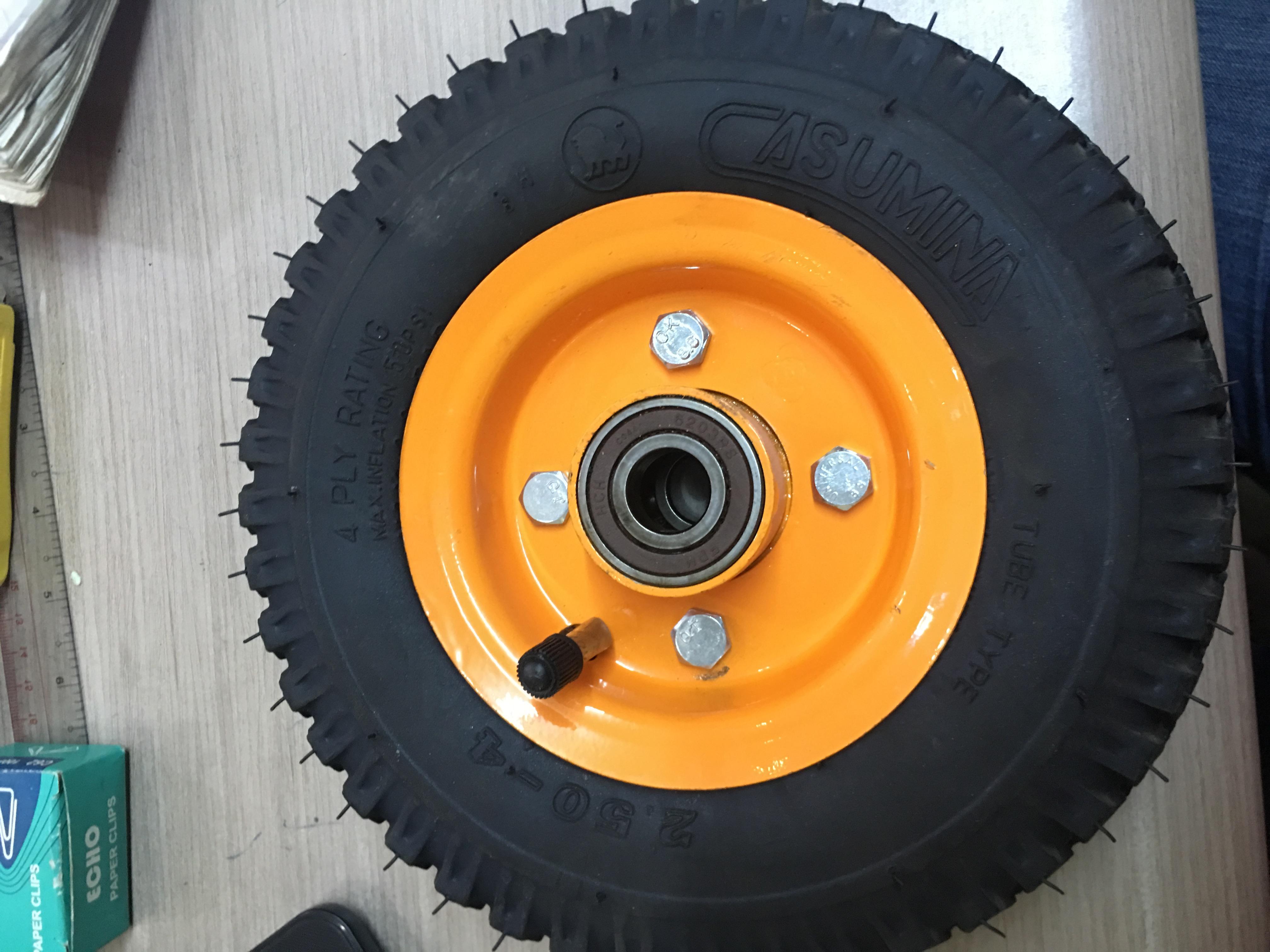 Bánh xe đẩy hàng (bánh hơi) 20cm