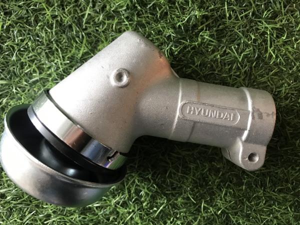 Đầu bò máy cắt cỏ cần 28mm 9 khía chính hãng Hyundai