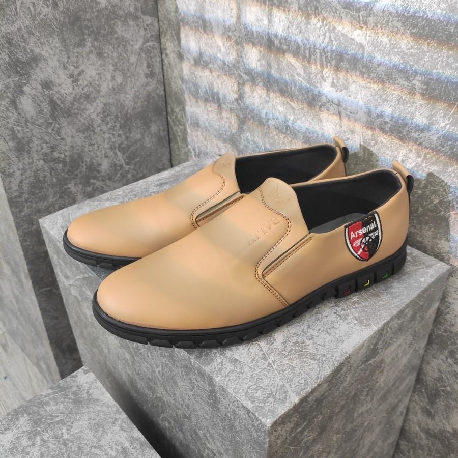 [HCM]Giày lười nam màu da bò thiết kế thời trang đế cao su siêu bền G429 MuiDoi  giày nam  giày mọi