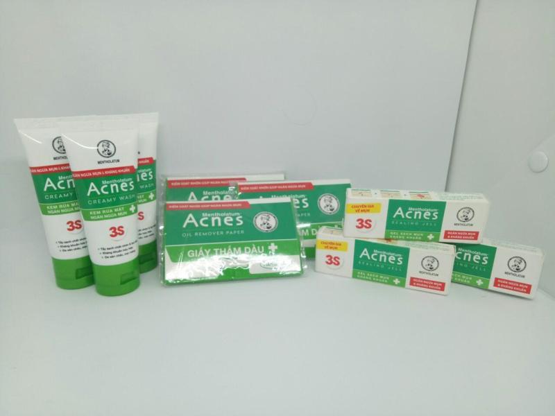 Trọn bộ 9 món : 3 tuýt sữa rửa mặt + 3 gell ngừa mụn và kháng khuẩn Acnet + Tặng 3 gói Giấy Thấm Dầu Acnet & kèm theo 1 túi đựng mỹ phẩm nhập khẩu