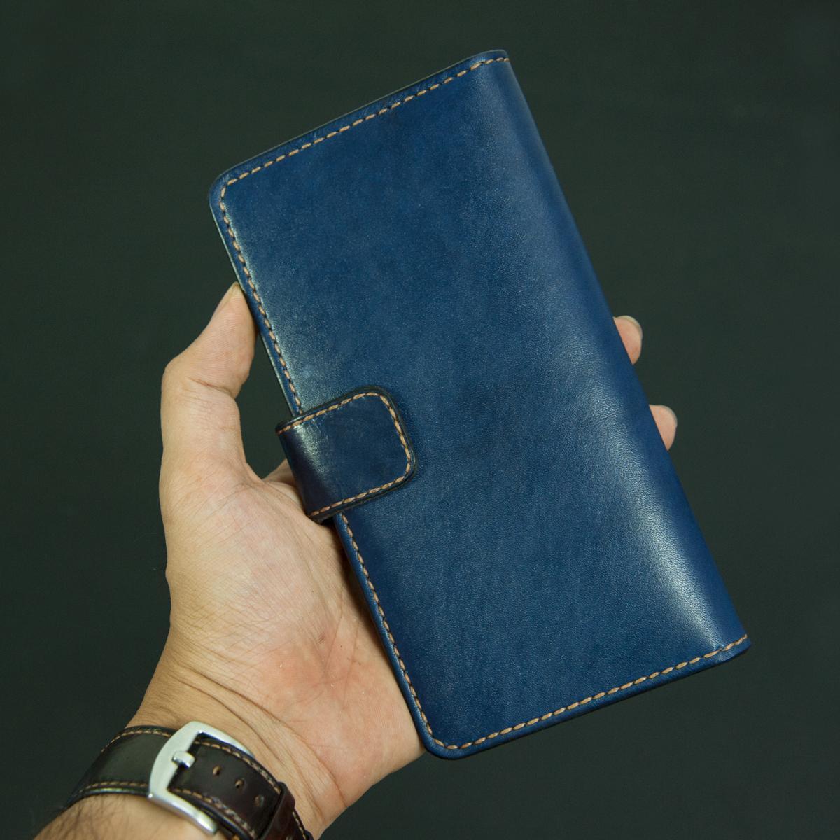 Ví dài cầm tay nữ có ngăn đựng điện thoại màu xanh handmade - Da bò - Ví dài cầm tay nữ Mino Crafts VI453