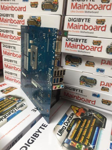 Giá Combo Main B75 4 khe ram + CPU i5 3470 + Ram 8gb bus 1600 cực mạnh chạy cực ổn định có thể chơi tốt pubg bảo hành 3 tháng lỗi 1 đổi 1