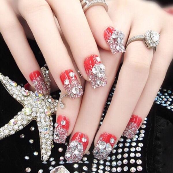 Bộ 24 móng tay giả đính đá cực đẹp thời trang ( kèm Keo dán )