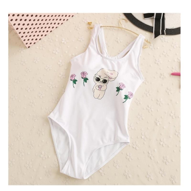 Nơi bán Bikini 1 mảnh trẻ trung, trắng tinh khôi