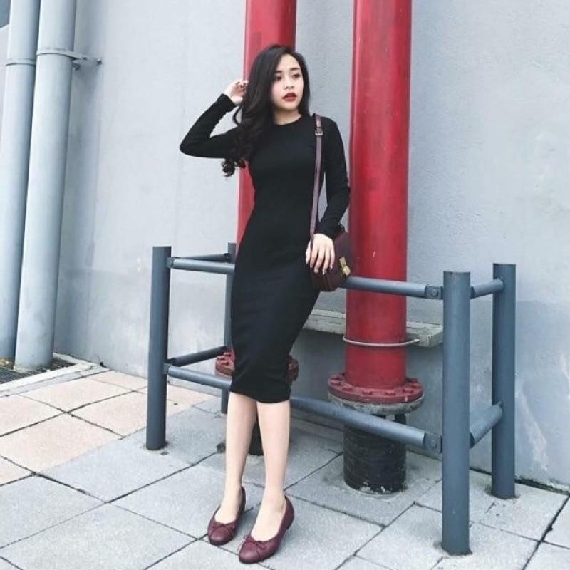 Nơi bán Đầm body xẻ tà màu đen