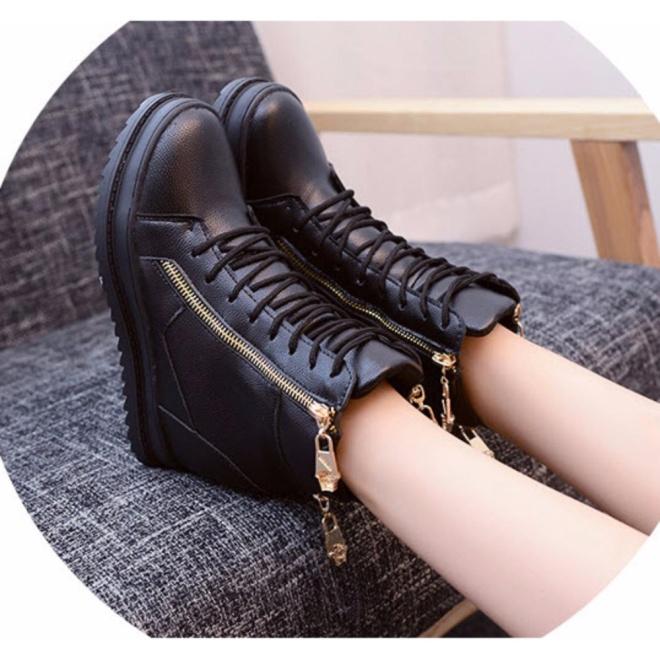 Giày Boot Nữ Cá Tính B042D giá rẻ