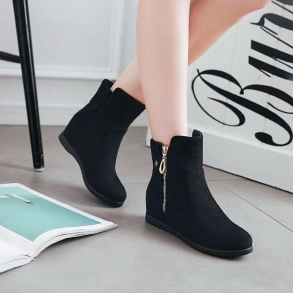 Giày boot nữ cổ ngắn độn đế xinh xắn GBN17501 giá rẻ