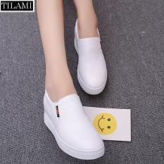 Giày lười nữ đế độn mũi da nhăn TILAMI (trắng)