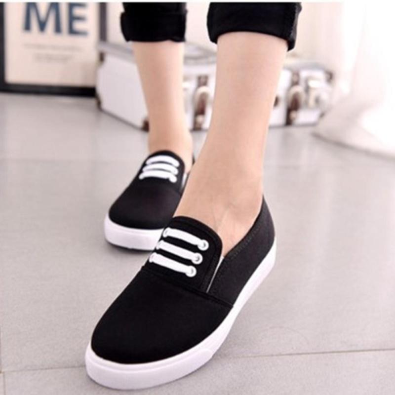 Giày slip on Koin 3 dây màu đen VV154