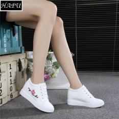 Giày Sneaker Nữ Độn Đế Thêu Hoa Hồng HAPU - NĐTH01 (đen, trắng)