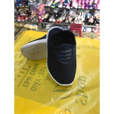 Hình ảnh giày thể theo đen