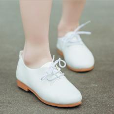 Hình ảnh Giày trẻ em oxford bệt trơn cột dây SC013 (Trắng)
