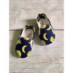Hình ảnh Giày Vải Chuối Vàng Ngộ Nghĩnh Cho Bé
