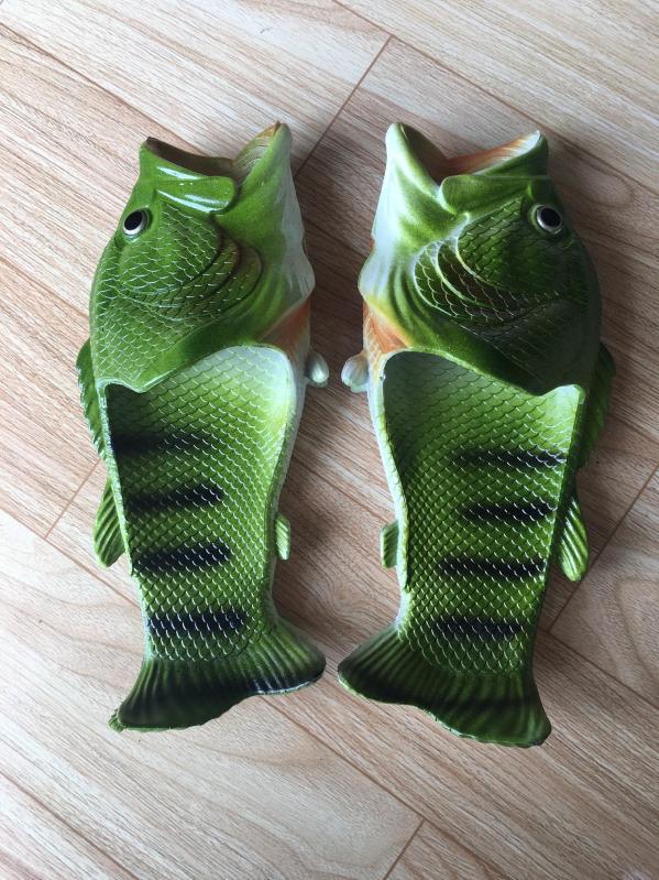 Dép Cá Chép Màu Xanh Lá Cây Nhựa Dẻo Chất Lượng Cao có size 32 - 45 giá rẻ