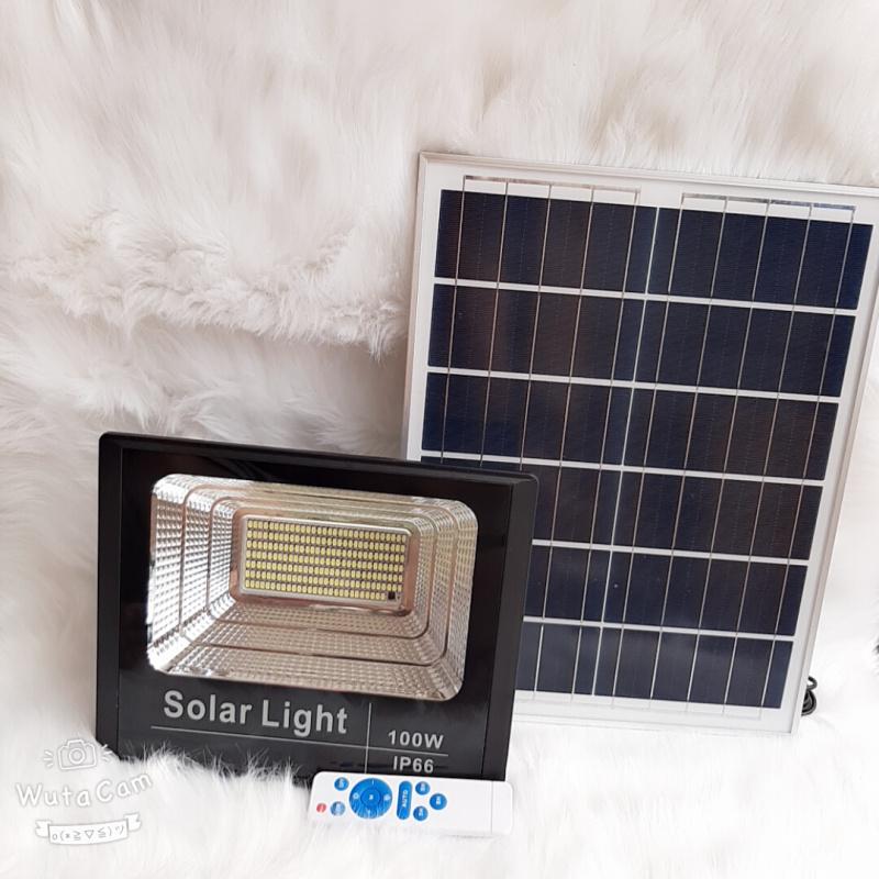 Đèn pha led Năng Lượng Mặt Trời công suất 100w kèm tấm pin rời có remote có cảm biến tự động dây nối 5m loại tốt sáng 10-14h