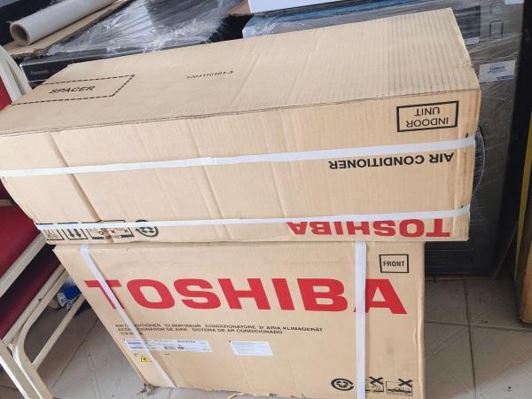 Máy lạnh Toshiba Inverter 1.5 HP RAS-H13C3KCVG-V Mới 2021