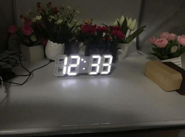 (TẶNG KÈM PIN & DÂY CÁP) Đồng hồ Điện Tử 3D Để Bàn hoặc treo tường - Báo Thức & Đo Nhiệt Độ - DH92 bán chạy