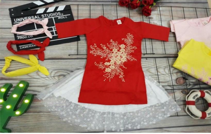 Giá bán Sét váy cách tân họa tiết hoa thêu trực tiếp lên vải mai kèm mấn cho bé gái, váy đầm trẻ em gái, váy bé gái đón tết