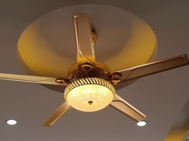 [Mã BQ718] Quạt trần lõi đồng Đèn bầu kiểu dáng Sang trọng trang trí phòng khách, phòng ăn, nhà hàng, khách sạn