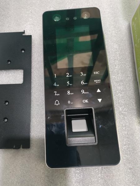 Máy nhận điện khuôn mặt - vân tay - thẻ từ dùng chấm công, đóng mở cửa - cổng và các thiết bị điện