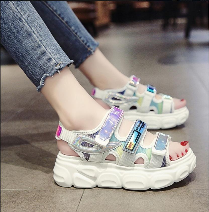 Giá Cực Tốt Khi Mua Giày Sandal Nữ Hàng Nhập Cao Cấp  - XS0558