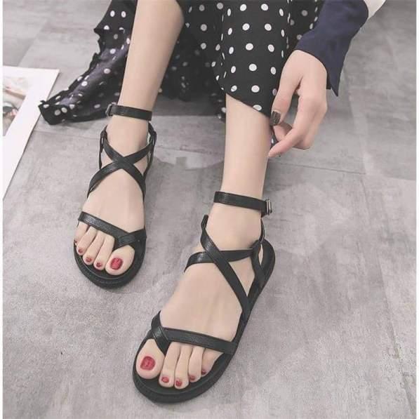 giày sandal đế bằng chiến binh đen hot hit - G02 giá rẻ