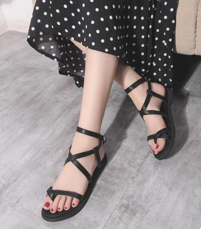 Giày sandal đế bệt xỏ ngón có size lớn 35-41 OYO S1 giá rẻ