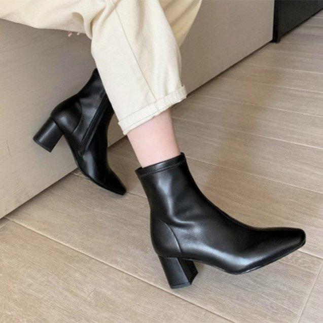 (Bảo hành 12 tháng) Giày boot nữ cổ cao thời trang gót vuông cao cấp - Giày gót vuông nữ cao 5cm - Giày nữ da mềm 2 màu Trắng  và Đen - Linus LN227 giá rẻ