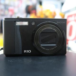 Máy ảnh Ricoh R10 máy đẹp xuất sắc thumbnail