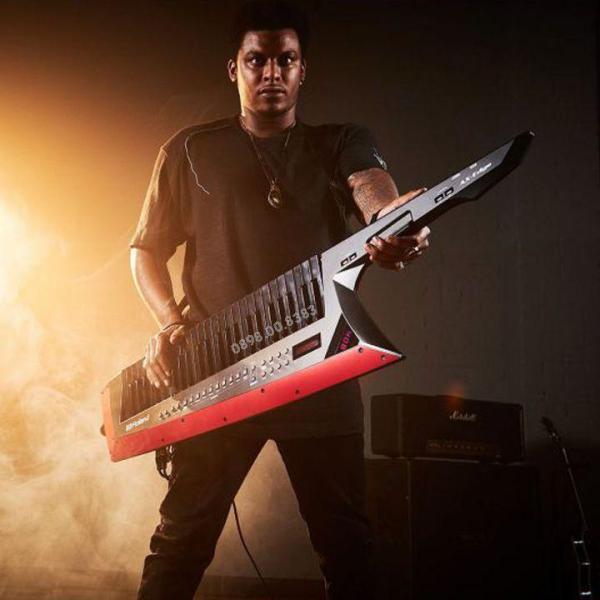 Đàn Organ Keyboard đeo vai ROLAND AX-EDGE-B