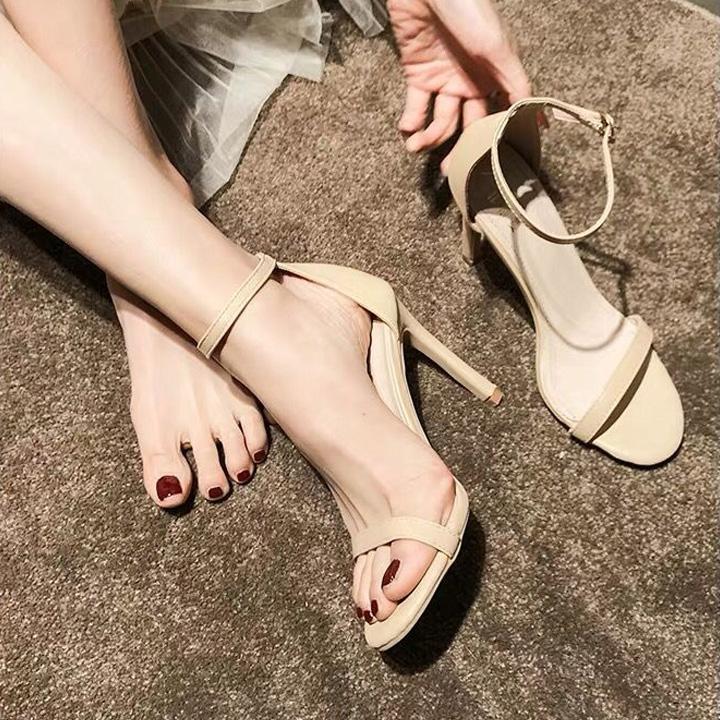 Mã Khuyến Mại Giày Sandal Cao Gót 7cm Bít Gót Nữ Tính