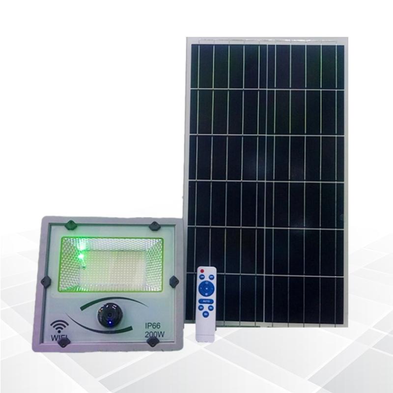Đèn pha năng lượng mặt trời 200W kết hợp Camera 2MP độ phân giải 1080. Cảm biến ánh sáng tự động bật tắt. Camerra cho hình ảnh rõ nét. Báo động chuyển động