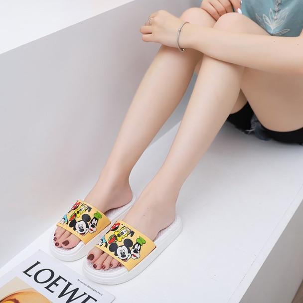Dép nữ hoạt hình mới thời trang không thấm nước chống trơn trươt giá rẻ