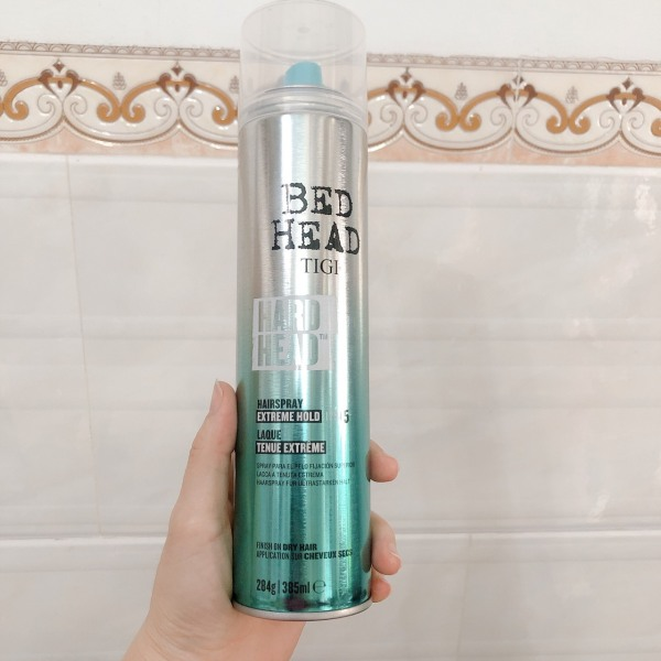 Keo xịt giữ nếp tóc siêu cứng siêu bền TIGI BedHead Hard Head Hard Hold Hair Spray 385ml giá rẻ