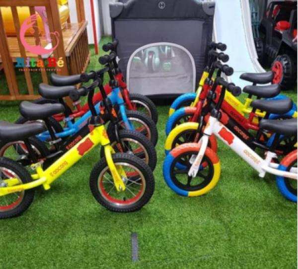 Mua (RẺ VÔ ĐICH) Xe thăng bằng hai bánh, xe chòi chân cho bé, Xe Thăng Bằng giúp bé tập luyện, nhanh nhẹ