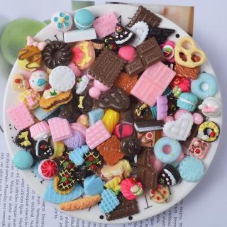 Squishy Slime Mô hình bánh ngọt nhiều màu set 05 cái ToySquishy thumbnail