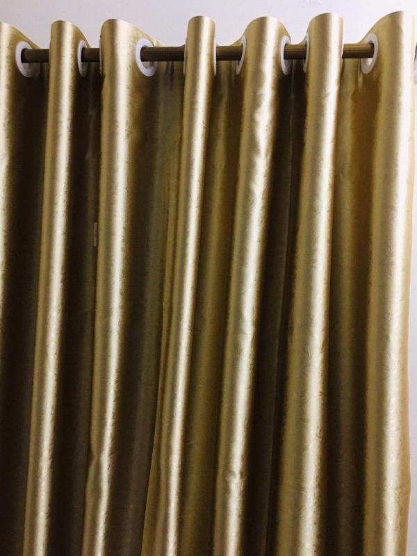 rèm can  chất liệụ vải cao câp  giá rẻ