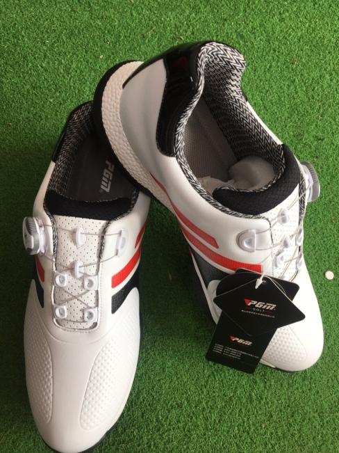Giày thể thao golf giá rẻ