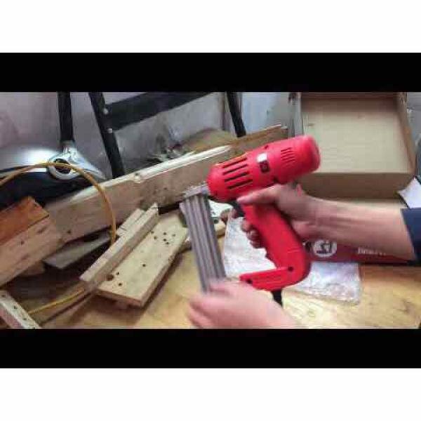 súng bắn đinh thẳng chạy điện - FEG 30T